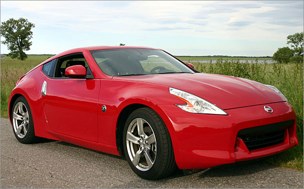 Nissan 370Z-front