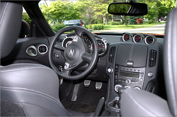 Nissan-370Z-interior - The Big Picture