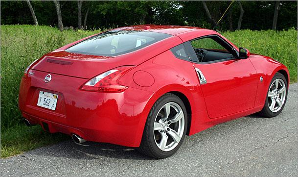 Nissan-370Z-rear