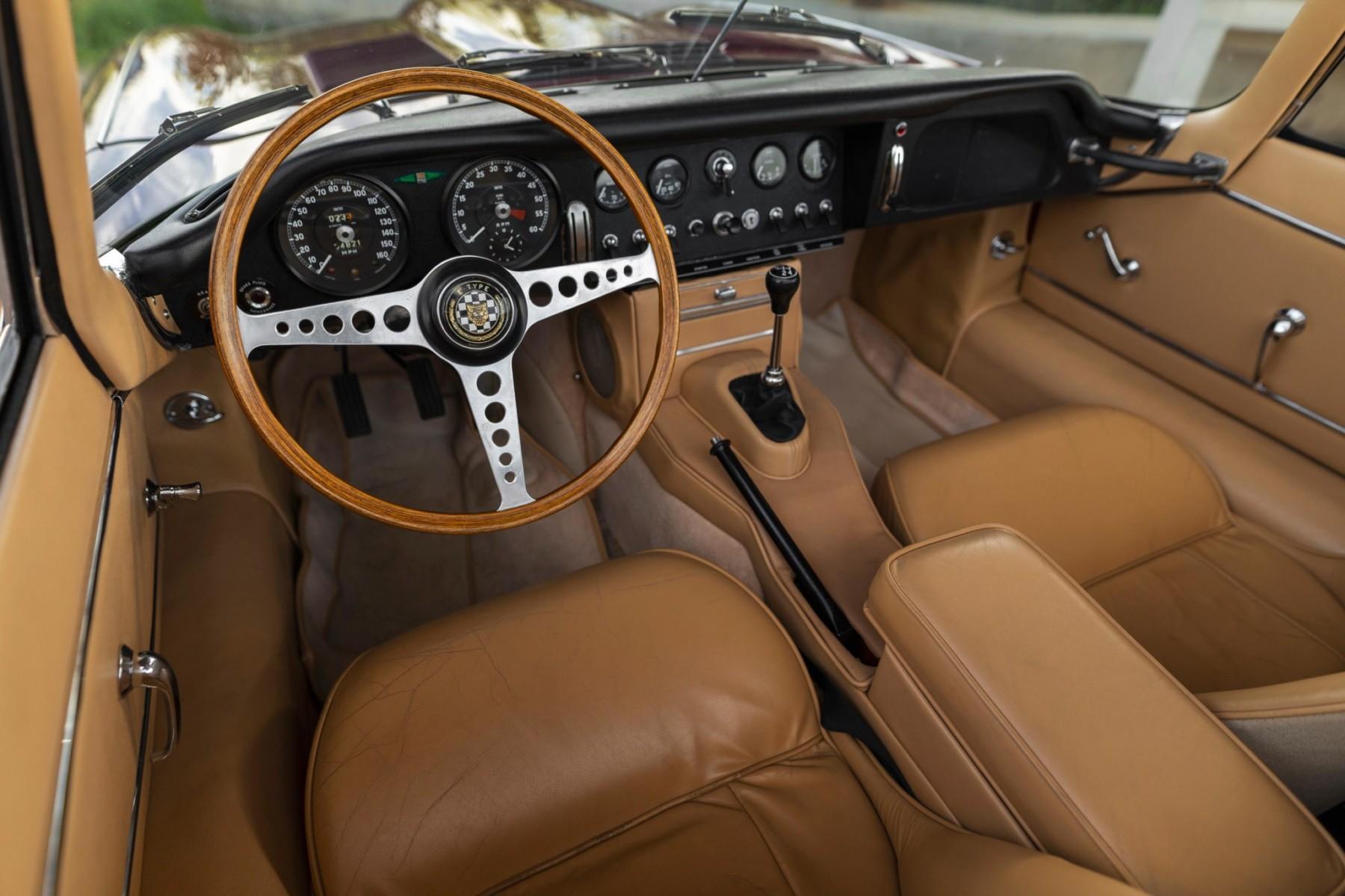 1964 Jaguar XKE Series I 3.8 Roadster 4
