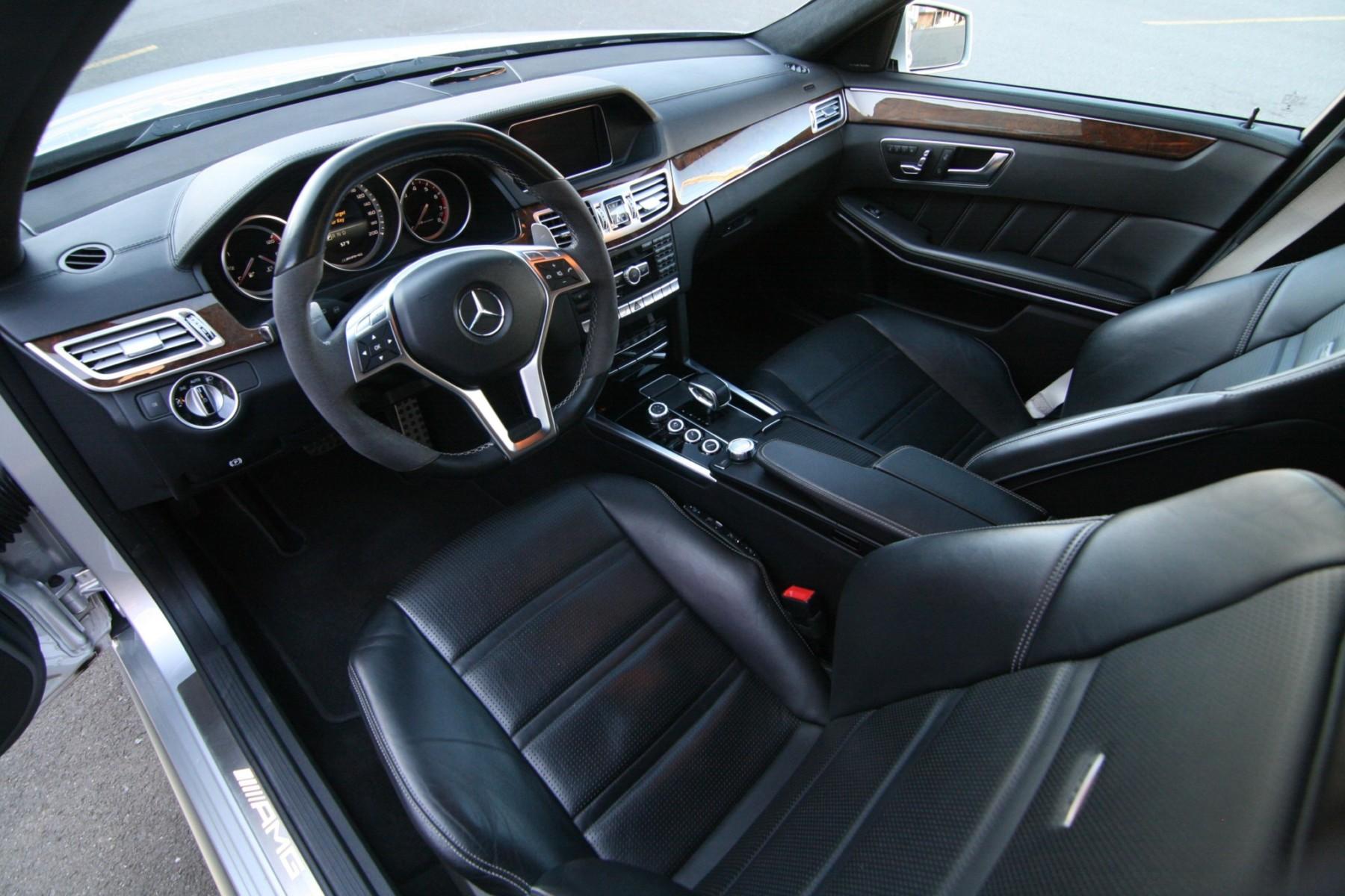 Mercedes-Benz E63 S AMG 4MATIC Wagon 12