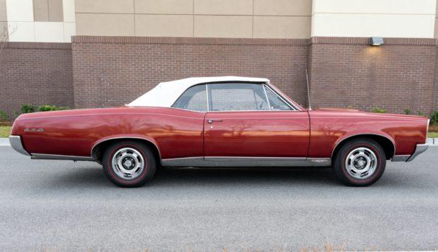1967 Pontiac GTO Convertible 4-Speed 4