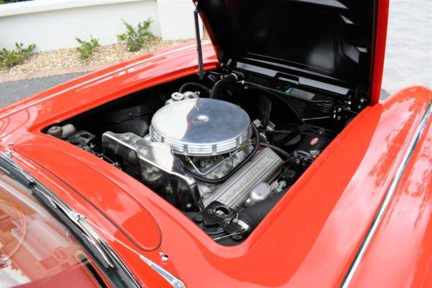 1961 Chevrolet Corvette 327 4-Speed (Fuel Injected) 9