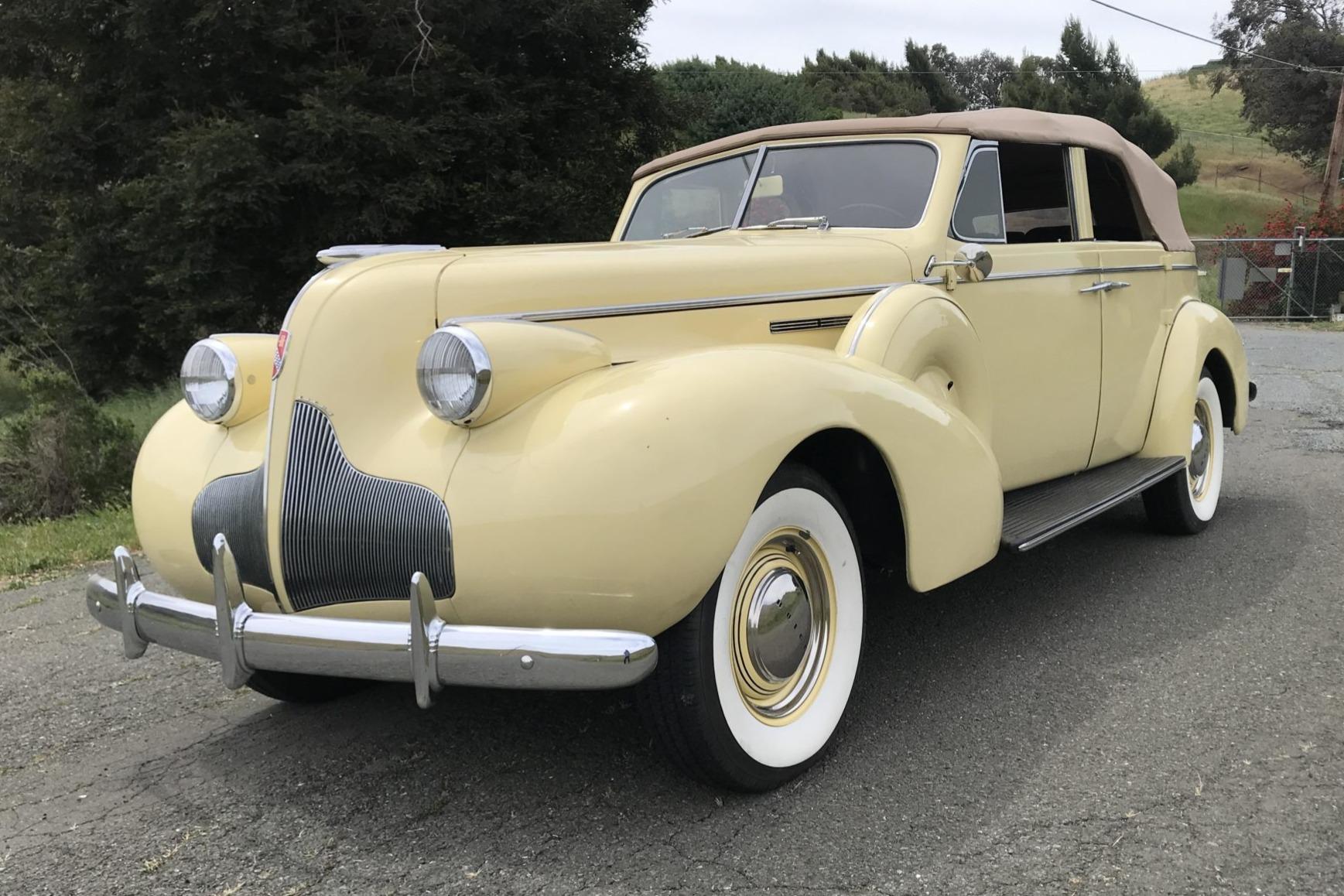 1939 Buick Roadmaster Phaeton Convertible 81-C 2
