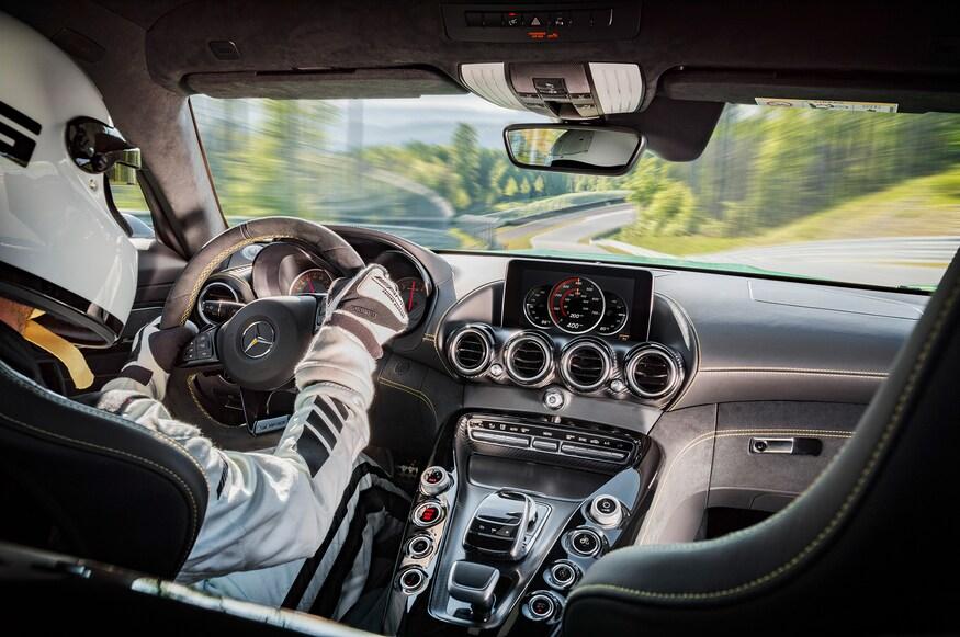 2018 Mercedes-AMG GT R 13
