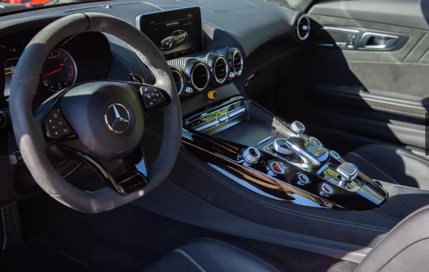2018 Mercedes-AMG GT R 9