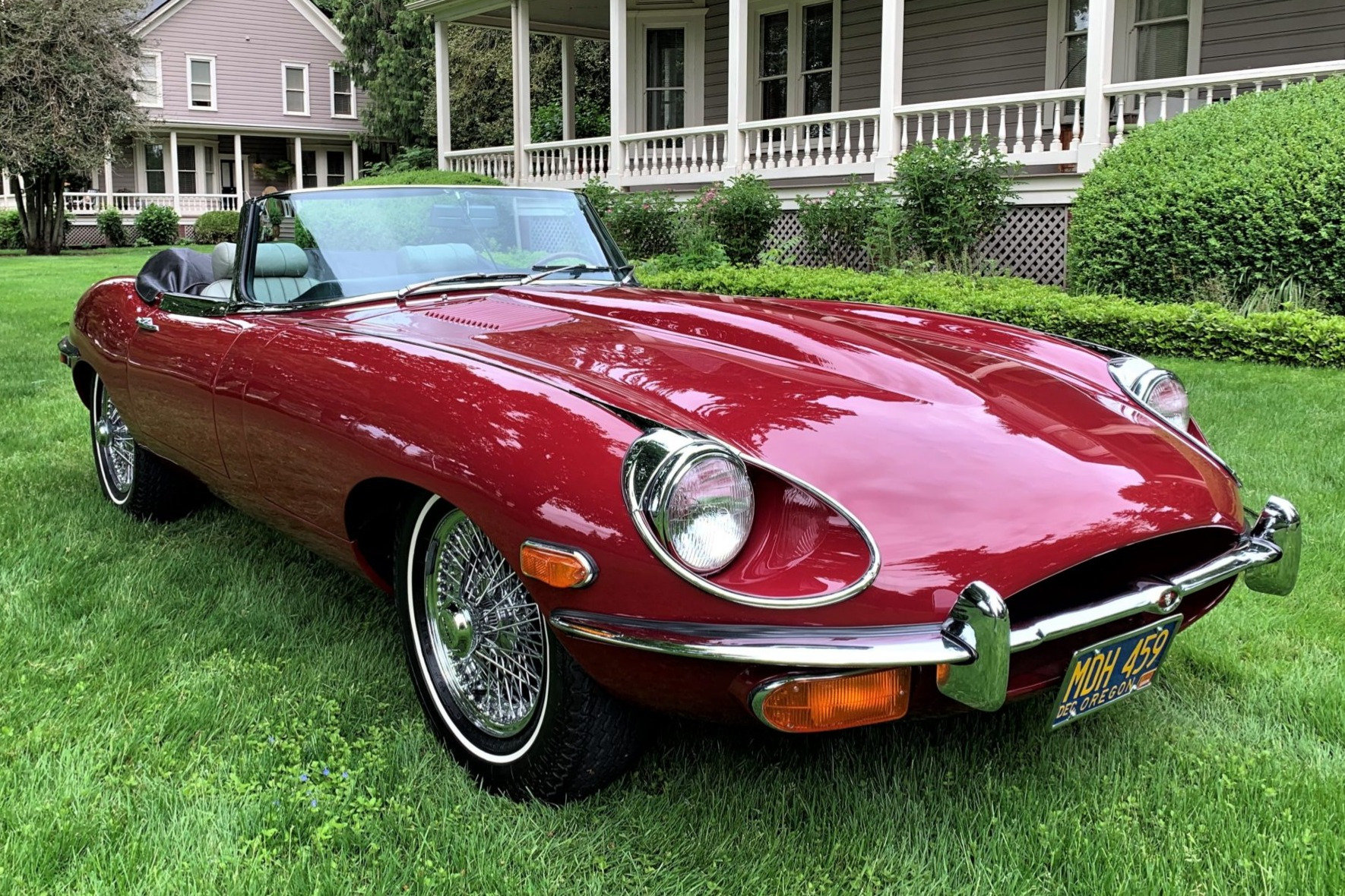 1970 Jaguar XKE Series II Roadster 2