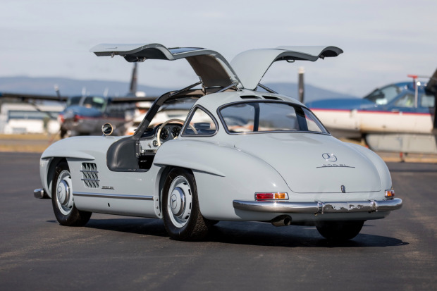 1957 Mercedes-Benz 300SL Gullwing 2