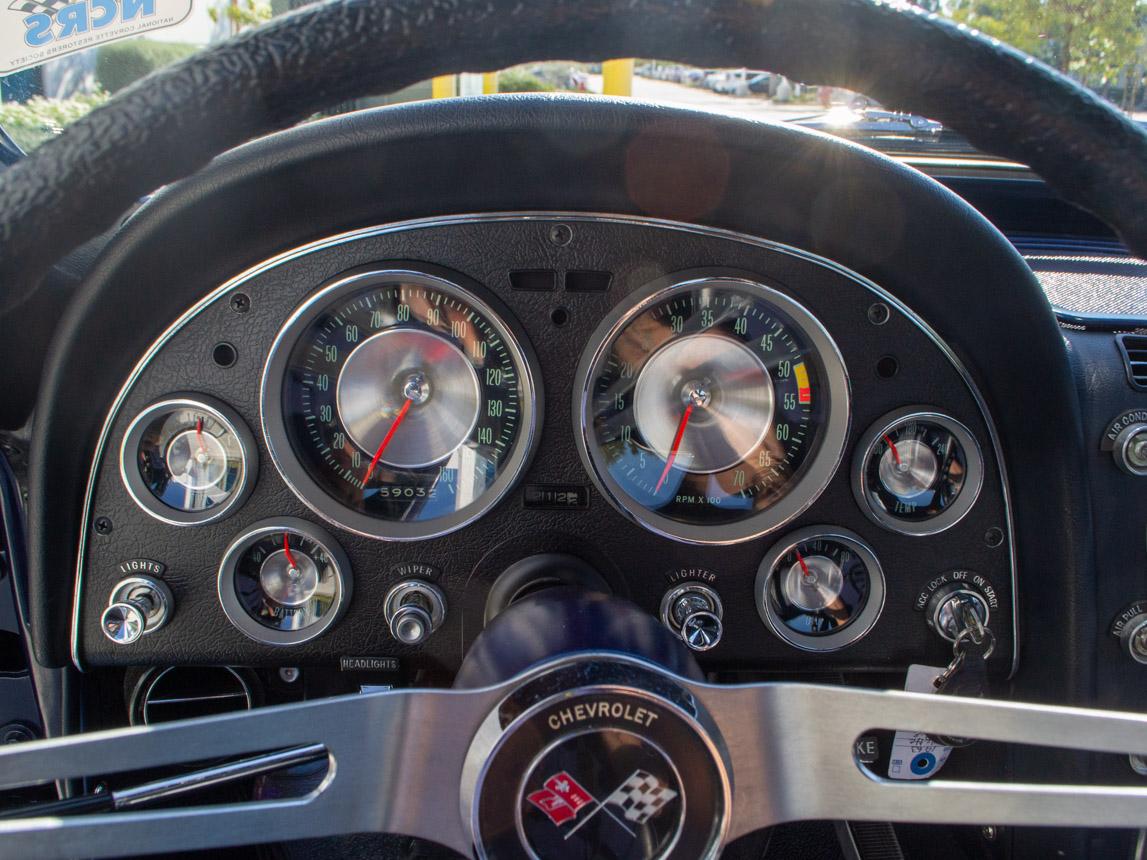 1963 Corvette Stingray Split Window Coupe 12
