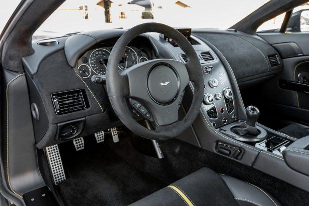 2017 Aston Martin V12 Vantage S 7-Speed 4