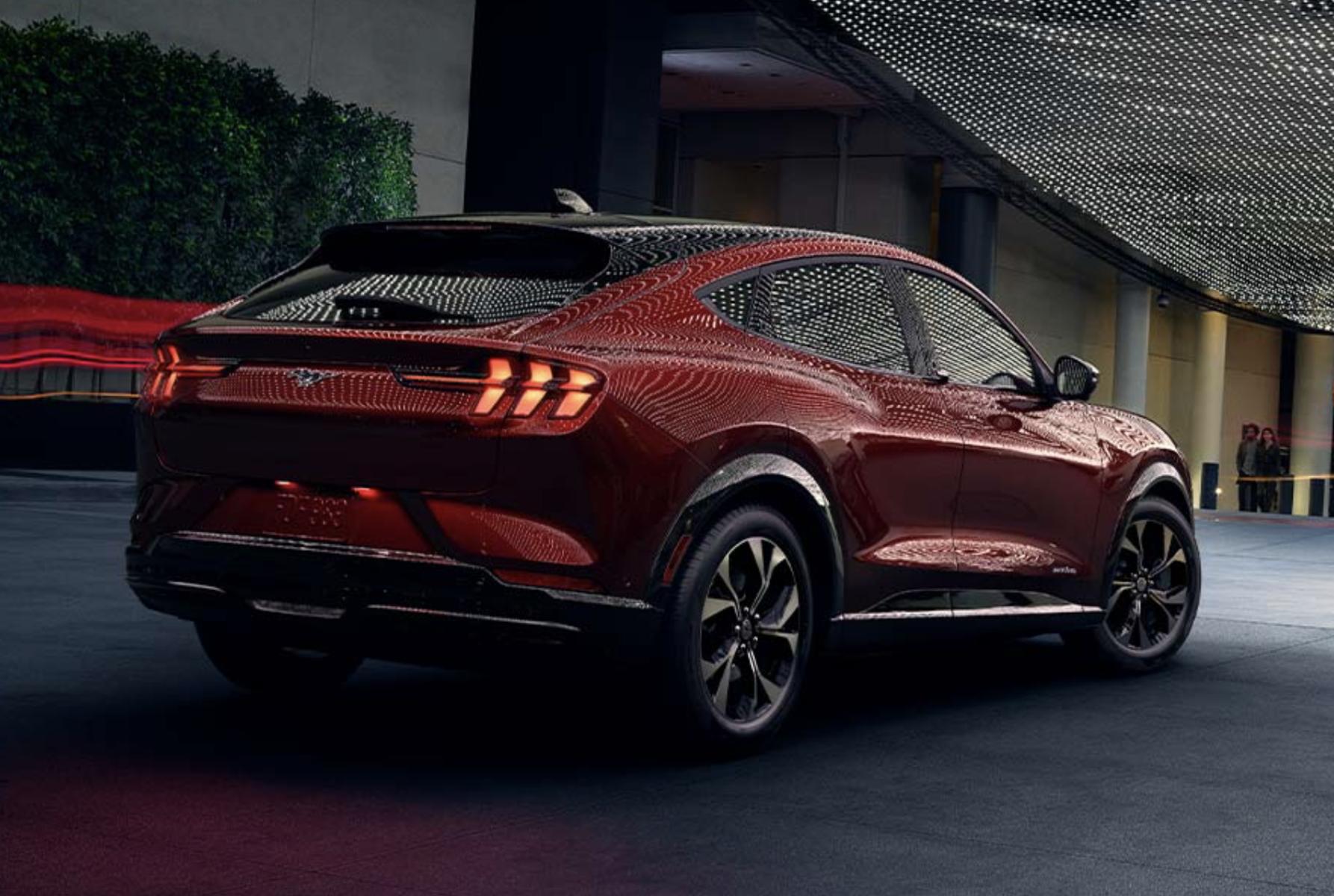 2021 Mustang Mach E 8