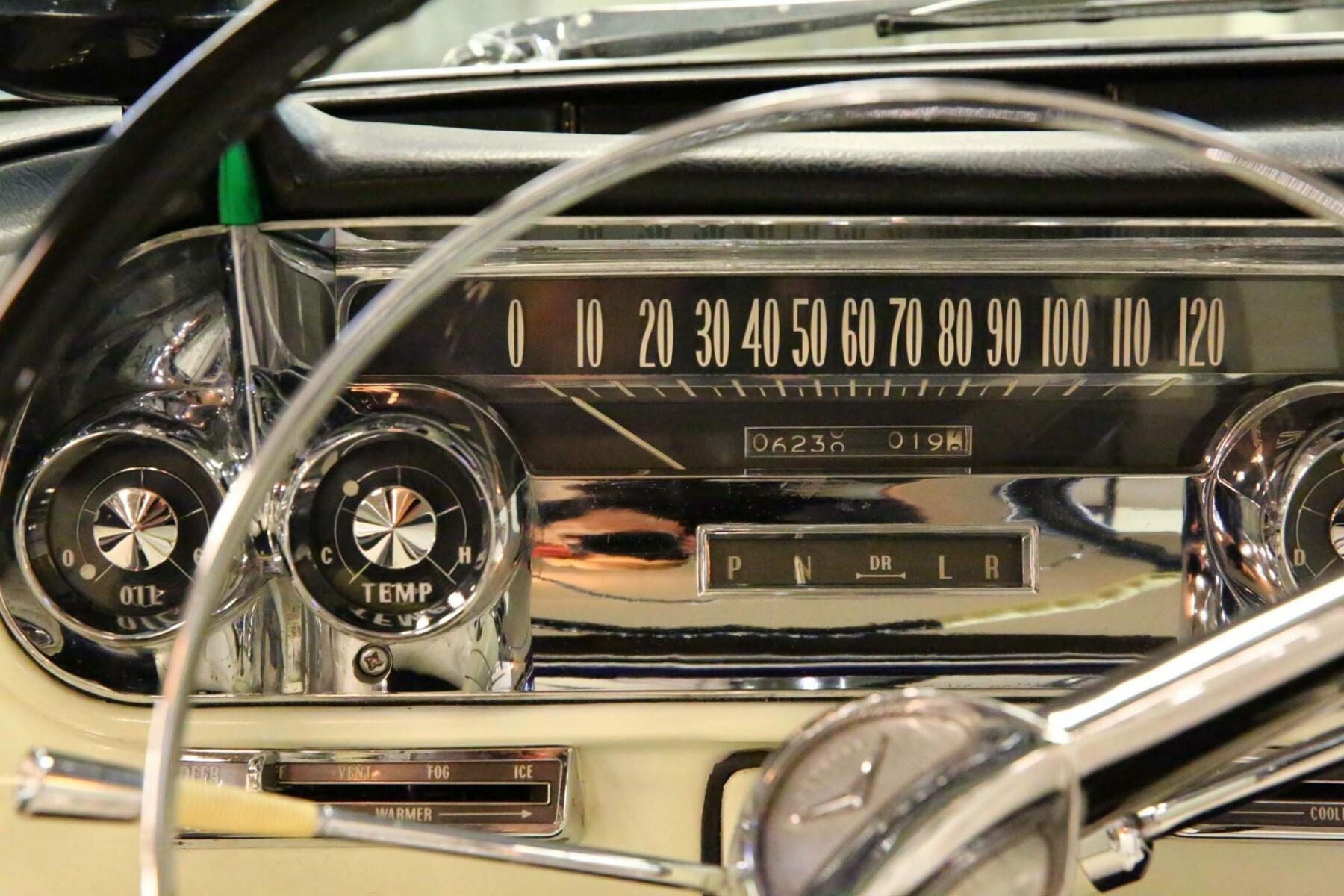 1957 Cadillac Eldorado Brougham 12