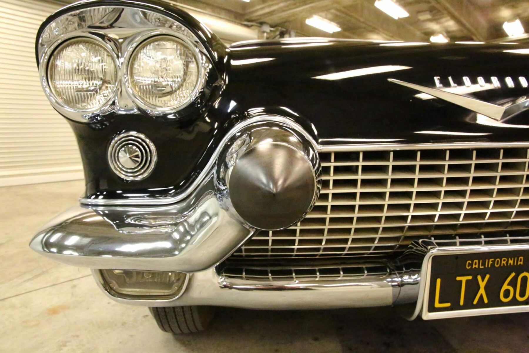 1957 Cadillac Eldorado Brougham 24