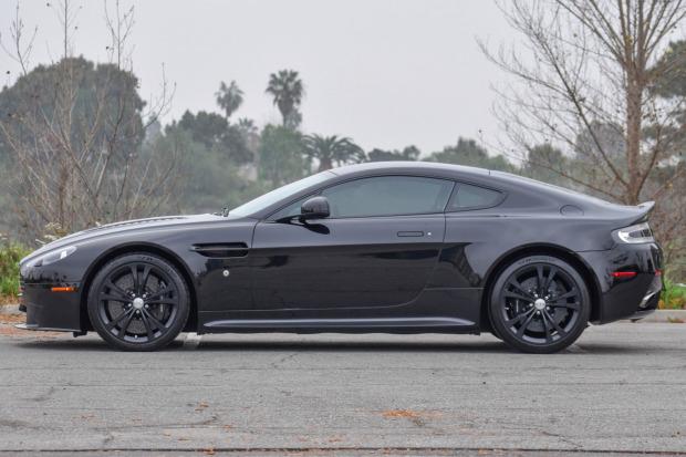 2017 Aston Martin V12 Vantage S 7-Speed 11