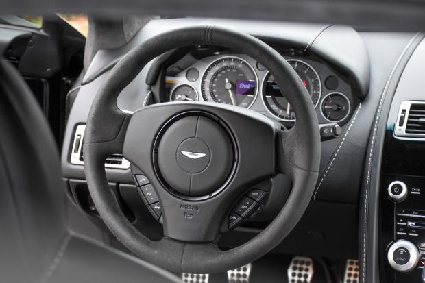 2017 Aston Martin V12 Vantage S 7-Speed 13