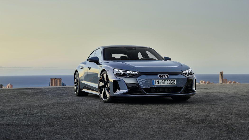 2022 Audi E-Tron GT 10