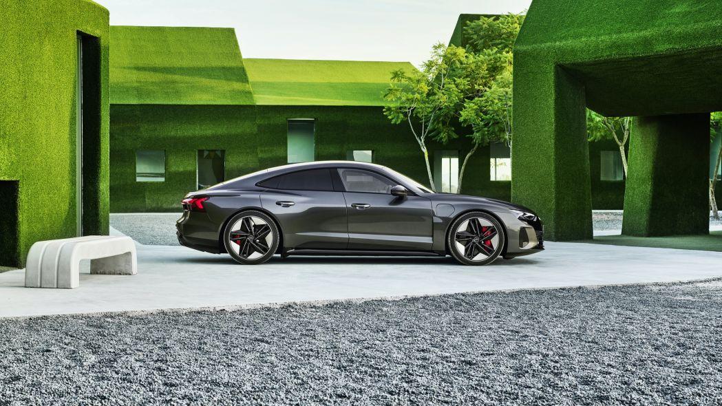 2022 Audi E-Tron GT 24